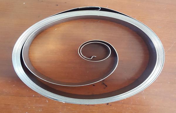 充电桩专用收缆发条